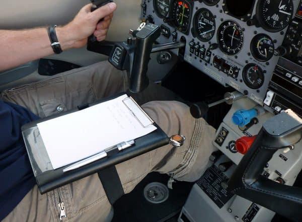 Planchette de vol Kneeboard I-PILOT TABLET